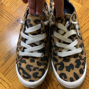 Leopard sneakers 8.5